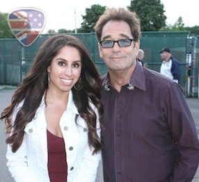 Huey Lewis & The News Live At Freedom Hill